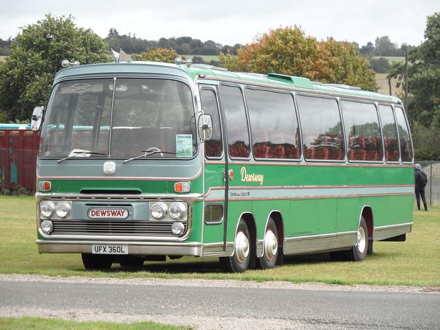 Bedford VAL - UFX 360L @ Showbus 2019 (2)