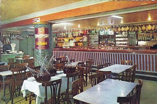 interior restaurant Els Tres Porrons Abrera