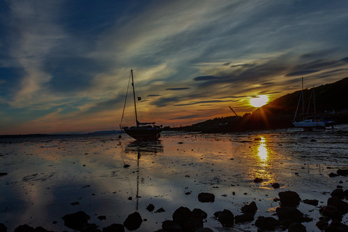 sunset reflections boat firthofforth ramilles scotland limekilns fife