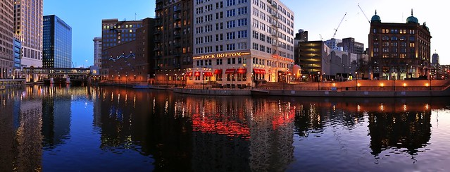 Evening falls on the Milwaukee River