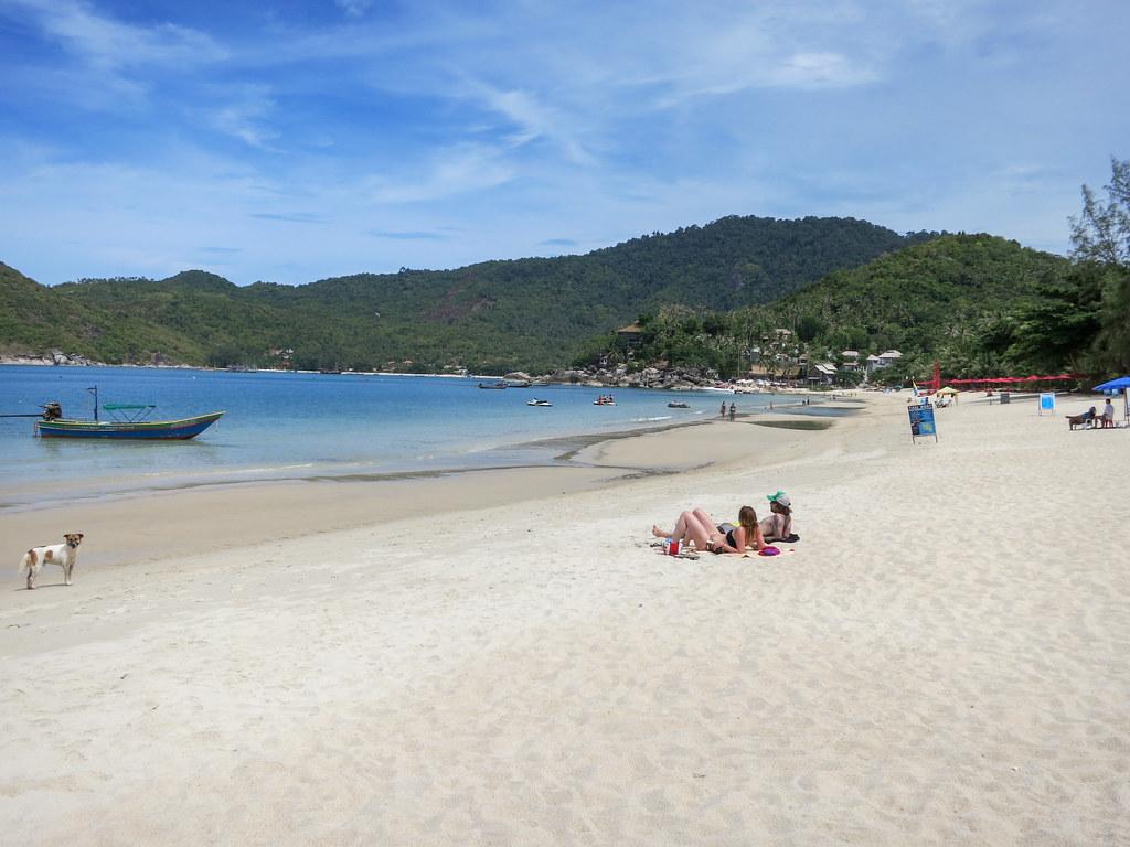 Lazying on Thong Nai Pan Noi