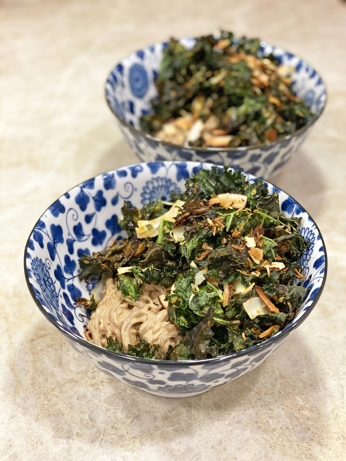 Soba noodles with crispy kale