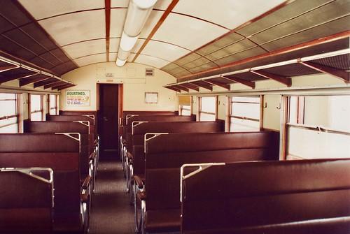 portugal train allan cp railcar broadgauge vialarga iberiangauge railway ramaldalousã linhadalousã serpins bitolaibérica