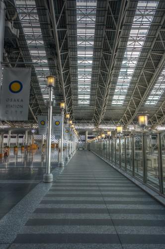02-04-2020 Osaka, Osaka Station (7)