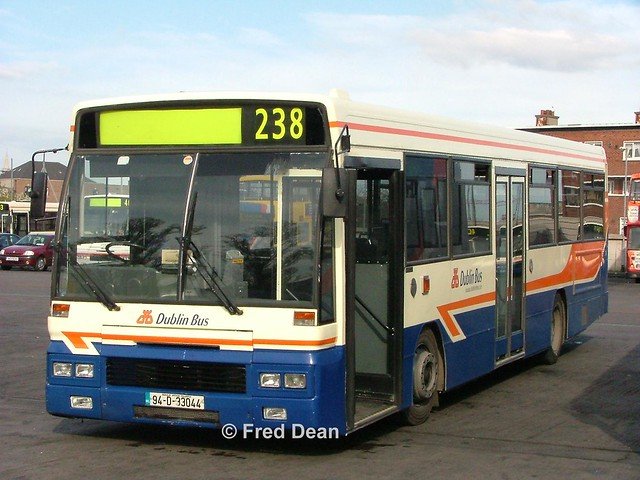 Dublin Bus AD44 (94D33044).