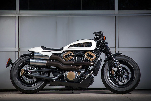 2021-Harley-Davidson-Future-Custom-Motorcycle-0-Hero-1087x725