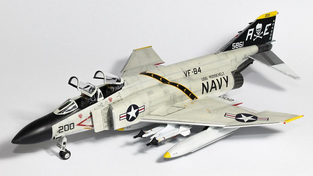 F4J PHANTOM-10