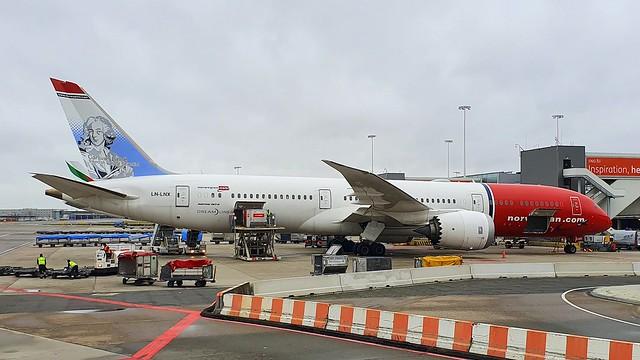 Boeing 787-9 c/n 38756 Norwegian registration LN-LNX