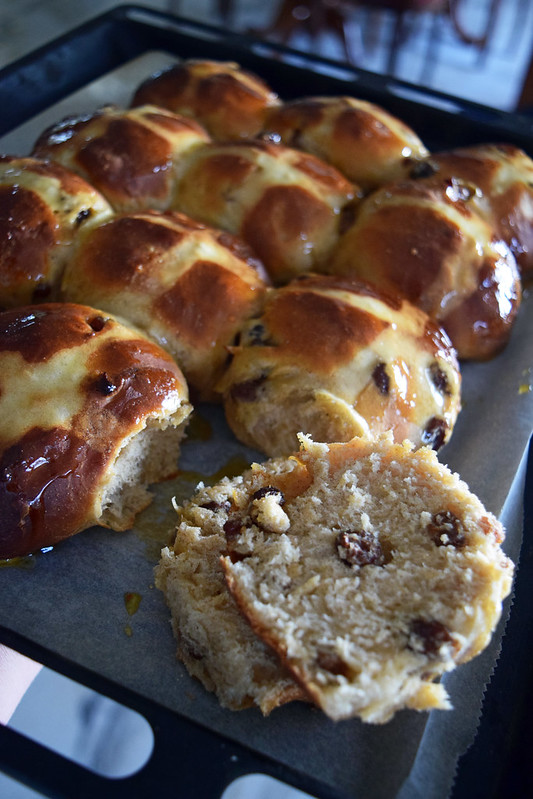 hot cross buns2