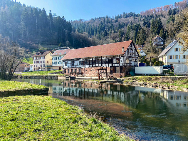 Yesterday I could go out a little in the Black Forest for a little hike, here we parked the car. We walked on the Wolfsschlucht near to Hirsau