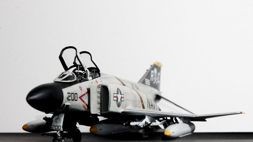 F4J PHANTOM-8