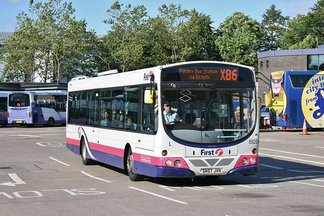 First Scotland East SK07 JVN (69254)   Route X86   Buchanan Bus Station, Glasgow