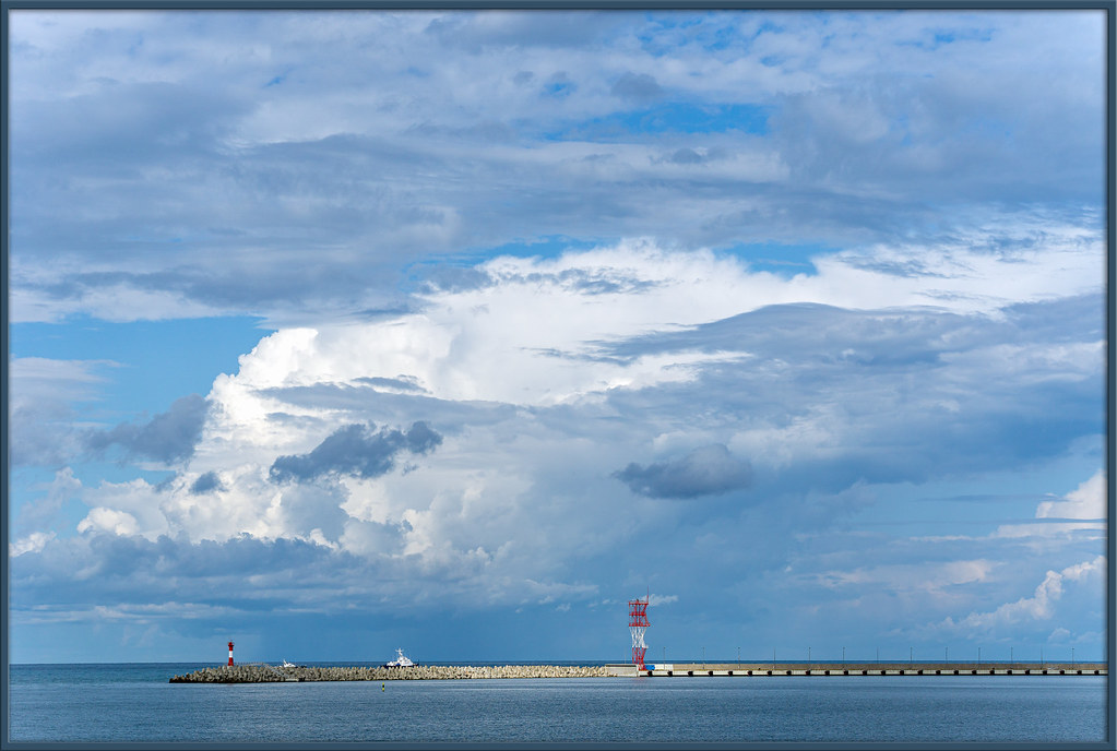 Облако над гаванью