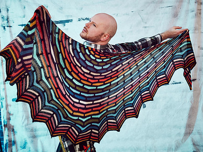 Jen wants something more complicated to keep her engaged. Painted Bricks Shawl by Stephen West is what caught her eye!