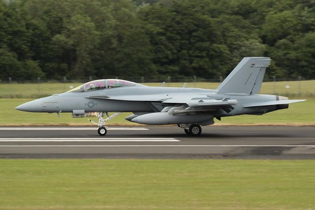 Boeing EA-18G Growler (169215)