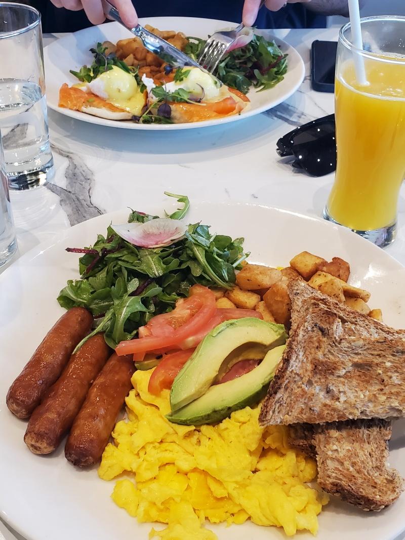 Evivva Breakfast