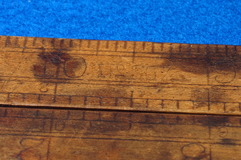 RD21748 Vintage Stanley Number 36 ½ Boxwood & Brass Fold Out Ruler With Calipers DSC02173