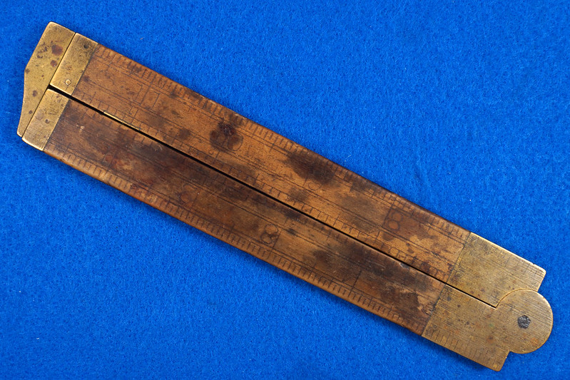 RD21748 Vintage Stanley Number 36 ½ Boxwood & Brass Fold Out Ruler With Calipers DSC02161