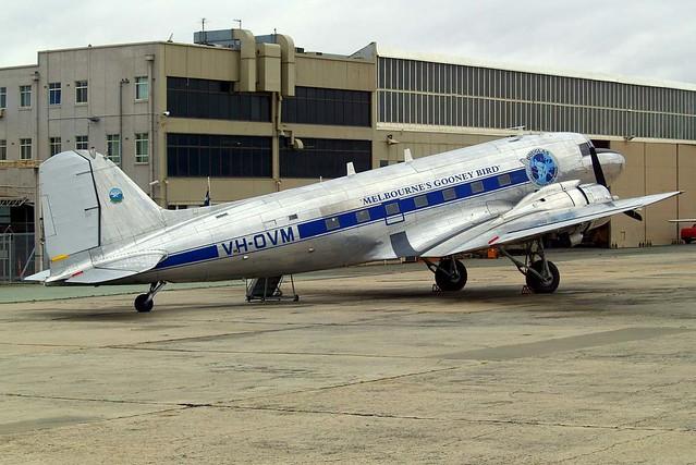 VH-OVM   Douglas DC-3C-47B-30-DK [16354/33102] (Shortstop Jet Charter) Melbourne-Essendon~VH 20/03/2007