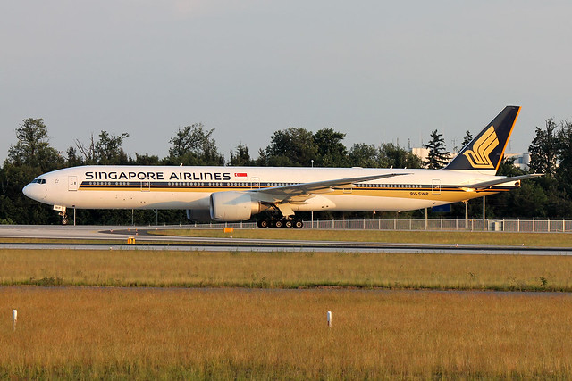 9V-SWP Singapore Airlines B777-300 (ER) FRA 2012-05-28