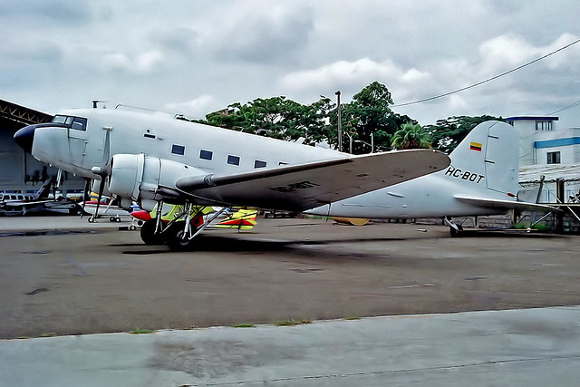 HC-BOT   Douglas DC-3C-47A-40-DL [9831] (Aero Shell) Guayaquil-Simon Bolivar Int'l~HC 06/02/1997