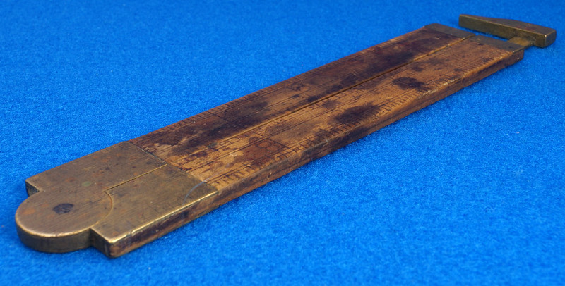 RD21748 Vintage Stanley Number 36 ½ Boxwood & Brass Fold Out Ruler With Calipers DSC02179