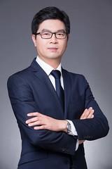 Wang_headshot