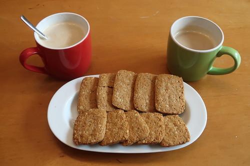Haselnuss & Zimt Kekse (von Farm Brothers) zum Nachmittagskaffee