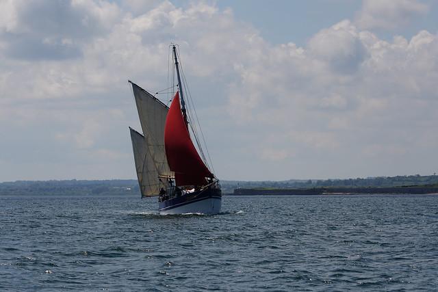 Voilier vers Saint-Vaast-la-Hougue en Normandie