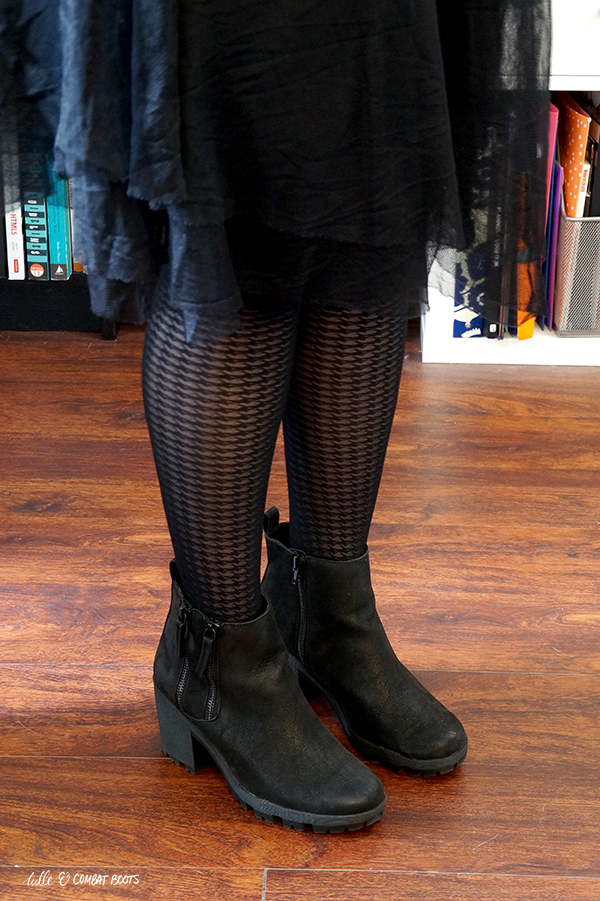 040120x4-black-boots-heeled