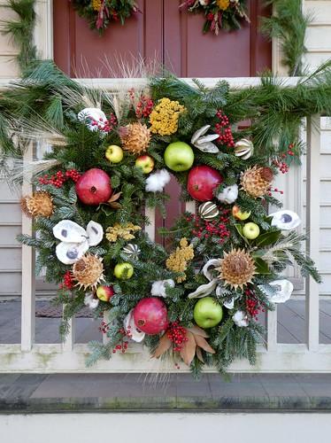 virginia christmas colonialwilliamsburg christmasdecorations colonialwilliamsburgchristmas williamsburgchristmasdecorations