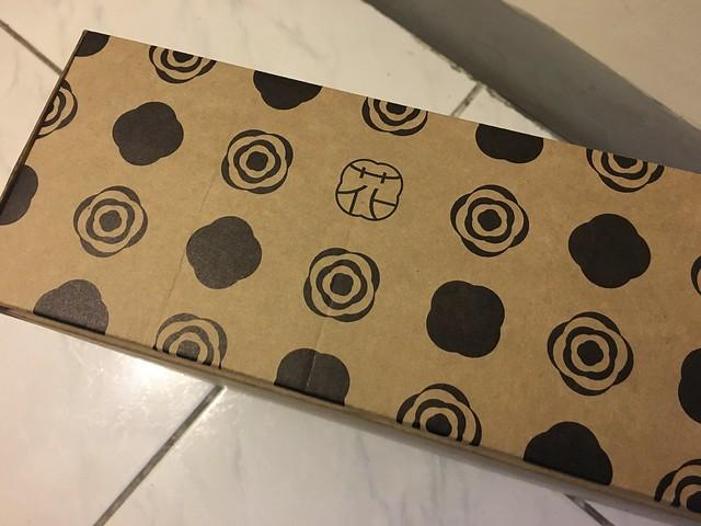 花見小路的包裝紙箱,我喜歡上面的紋樣 (pattern)