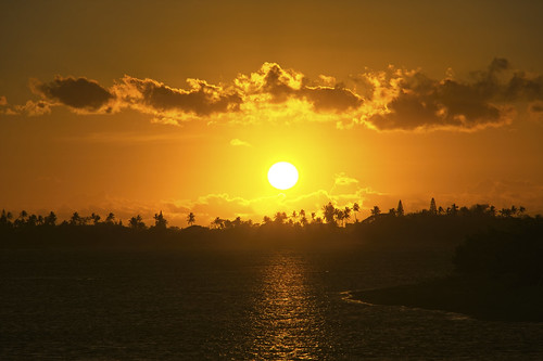 sony a6400 1650 sunset sky sea clouds water ocean oahu hawaii honolulu hickamafb pearlharbor trees
