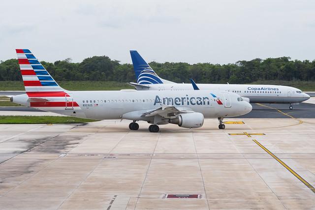 American Airlines A320-214 N103US 001