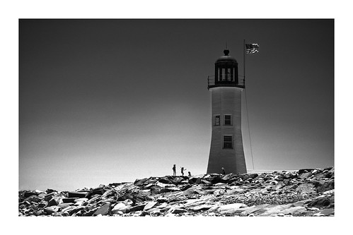 scituate lighthouse bostonarea massachusetts sony a7ll bw trvaelling travel relax kids playing sun sky water ocean atlantic pacific play vacation holiday tavel lens 85mm