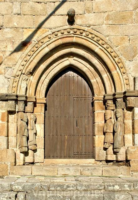 Portal principal da Igreja de Santa María del Azogue