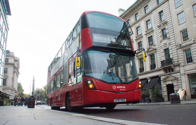 Arriva London Volvo B5LH HV350