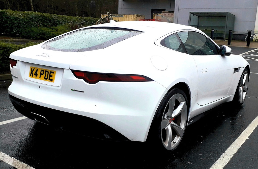 2017 Jaguar F-Type R-Dynamic 2.0L