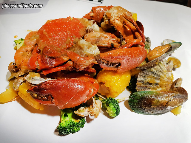 shell out publika combo seafood