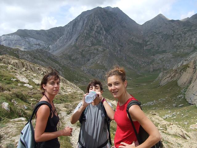 Valle de los Sarrios con amigas Jaca