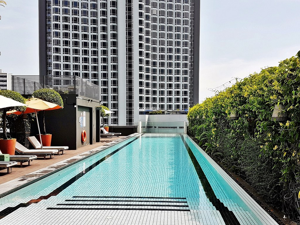 M Social Singapore 10 - Swimming Pool