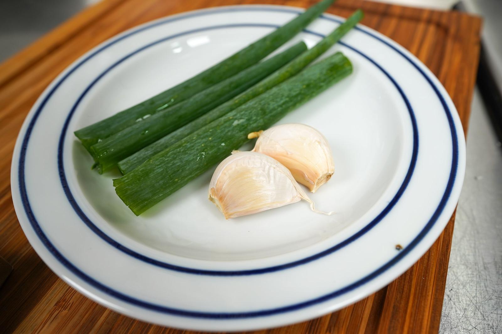 青蔥與蒜片