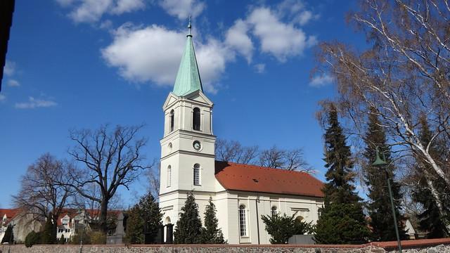 1768 Ahrensfelde barocke Dorfkirche mit eingezogenem Westturm von 1875/76 Lindenberger Straße in 16356