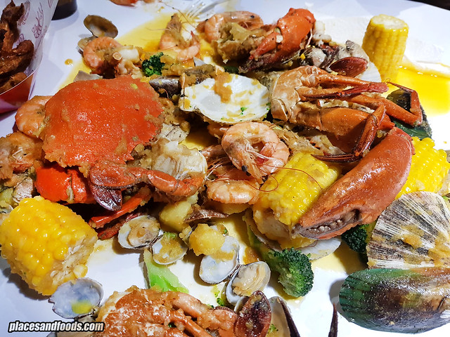 shell out publika combo c seafood