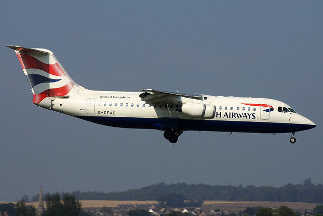 G-CFAC BA Connect Avro RJ100 at Edinburgh Turnhouse Airport on 4 September 2005