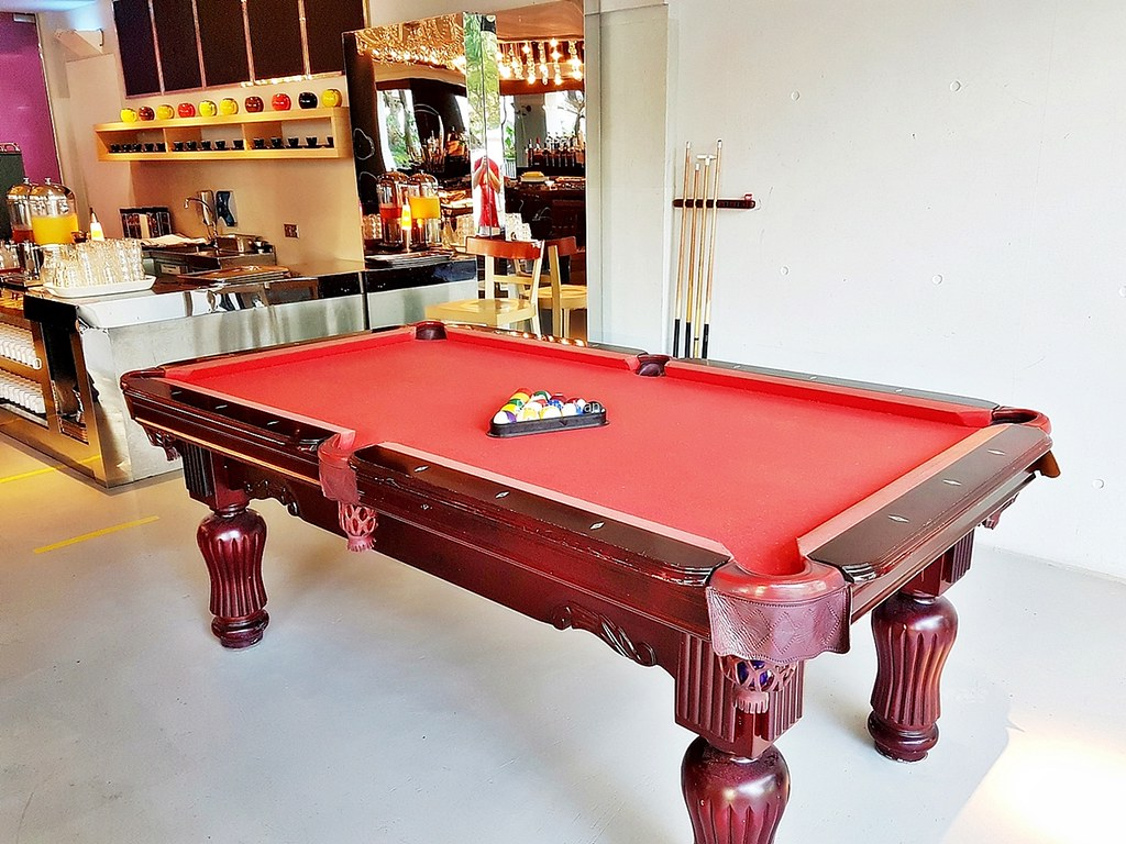 M Social Singapore 18 - Snooker Table