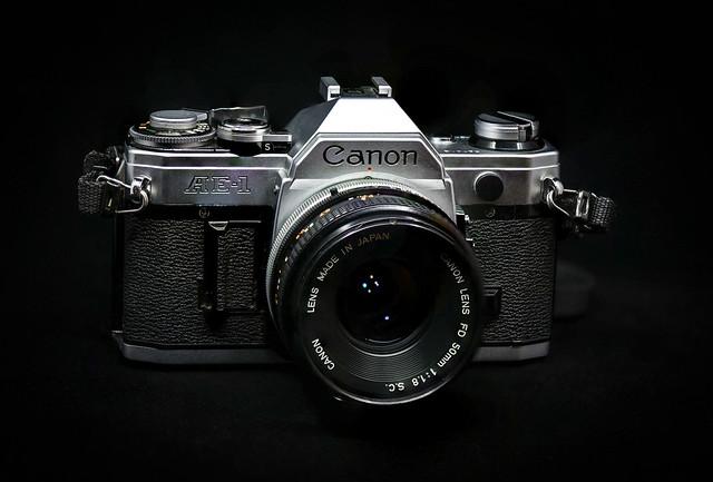 CANON AE1 - 1975