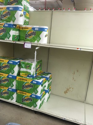 Some paper towels