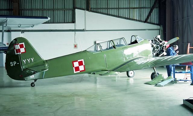 Yakovlev Yak-18 SP-YYY