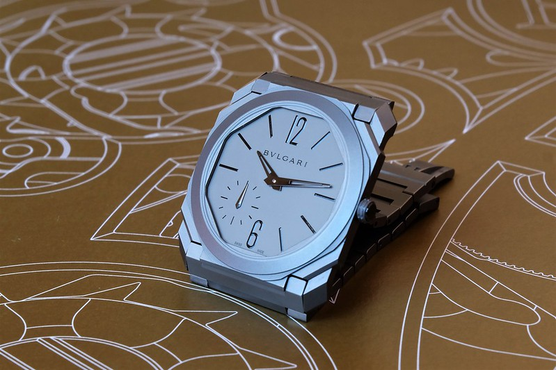Bulgari Octo Finissimo : une montre sport chic iconique ?  - Page 10 49738143217_3685918aa5_c